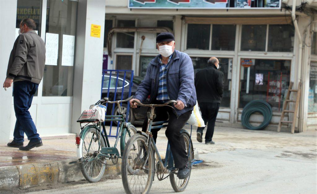 Bisiklet yolu yapılan Ula ilçesi bisiklet kenti olarak biliniyor.